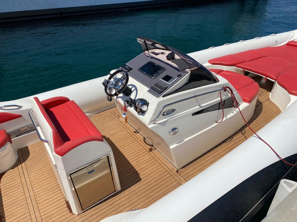 Boat rental Lomac Adrenalina 9.5 in Cannes on Samboat