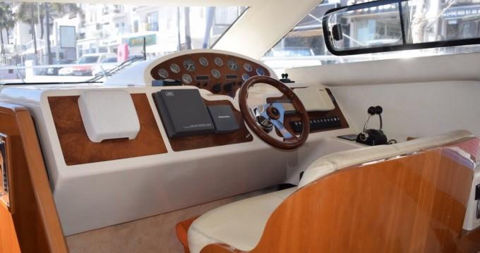 Rental Motorboat in Marbella - Astondoa 40 fly