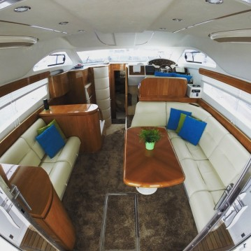 Astondoa 40 fly between personal and professional Marbella