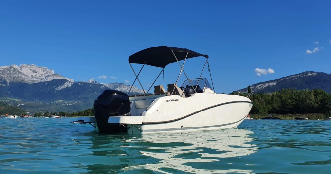 Hire Motorboat with or without skipper Quicksilver Saint-Jorioz