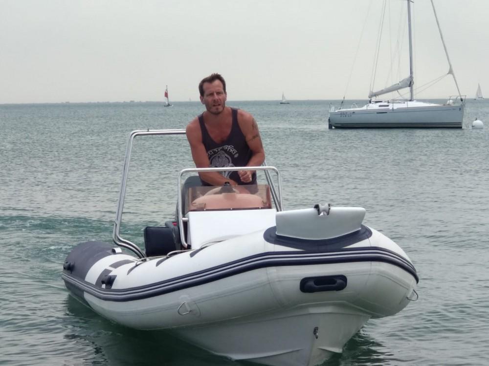 Boat rental Arcachon cheap RIB470