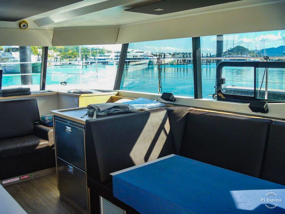 Boat rental Fountaine Pajot MAESTRO 37 in Key West on Samboat