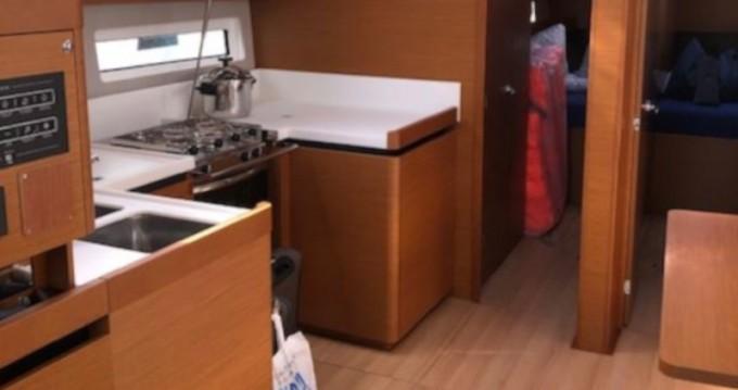Rental yacht Marina del Sur - Jeanneau Sun Odyssey 490 on SamBoat