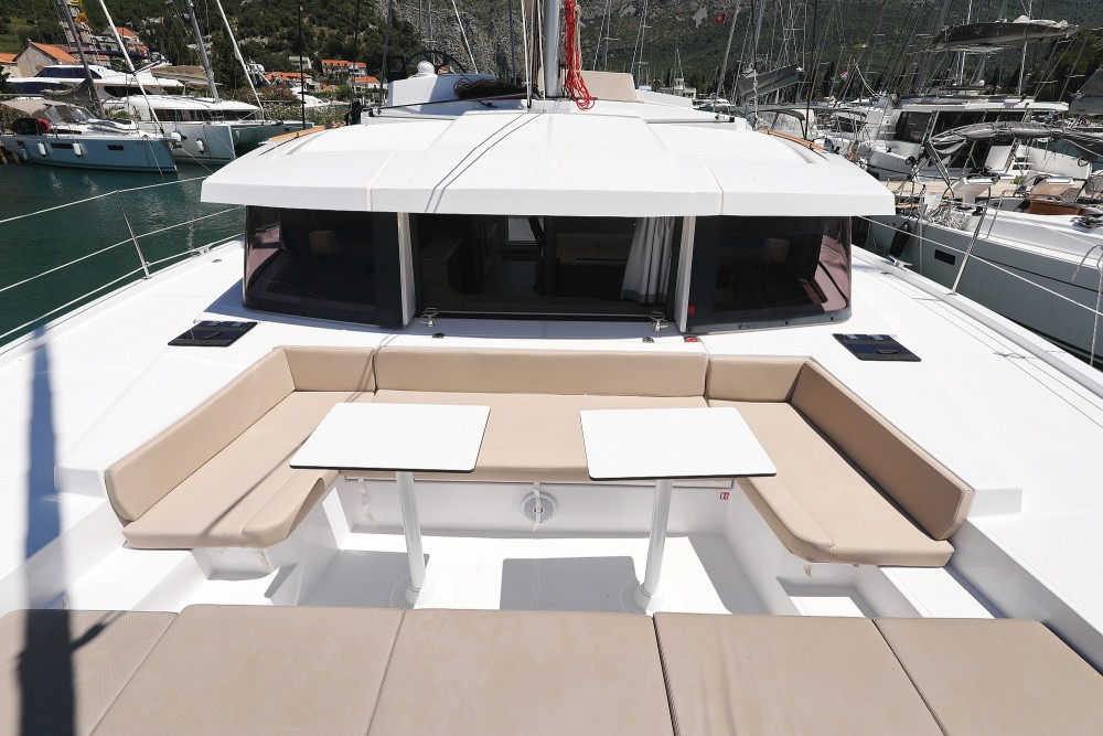 Rental Catamaran in  - Catana Bali 4.1 - 4 cab.