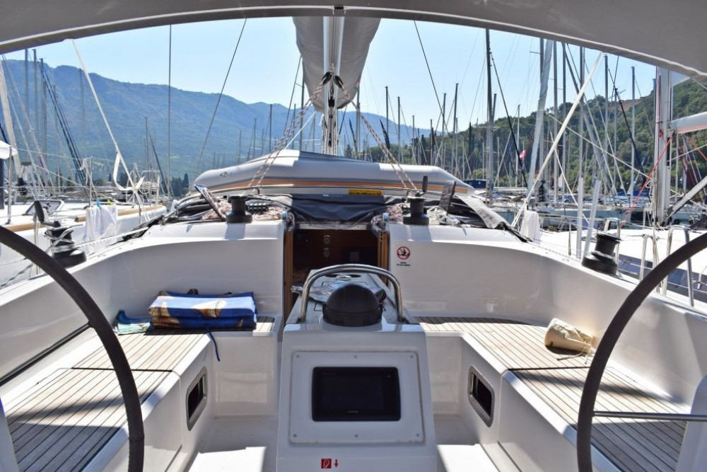 Rental yacht Grad Pula - Bavaria Bavaria Cruiser 46 on SamBoat