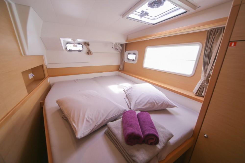 Boat rental Olbia cheap Lagoon 400 S2