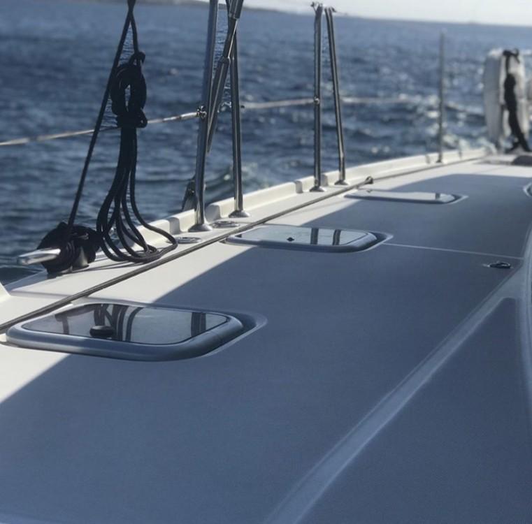 Rental yacht Ano Mera - Lagoon 420 on SamBoat
