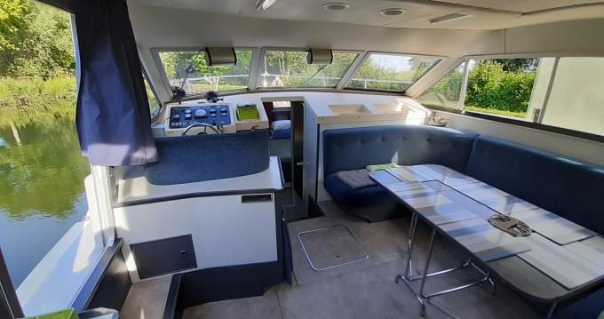 Rental yacht Long - BROWN SHANNON STAR on SamBoat