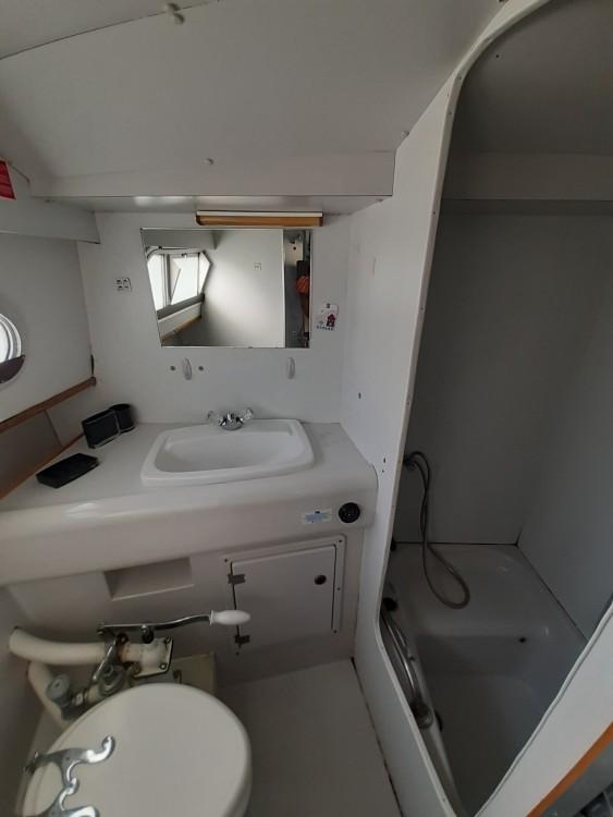 Rental Motorboat in Long - BROWN SHANNON STAR