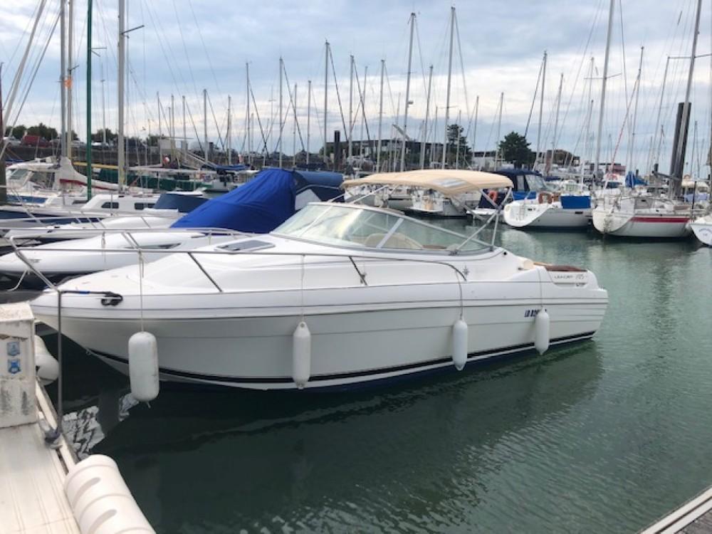Boat rental La Rochelle cheap Leader 705