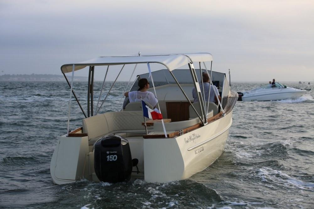 Rental yacht Arcachon - oudhuijzer 700 Cabine on SamBoat