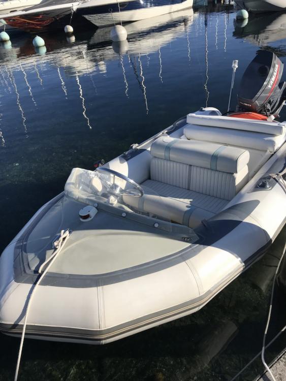 Rental yacht Annecy - Avon 345 on SamBoat