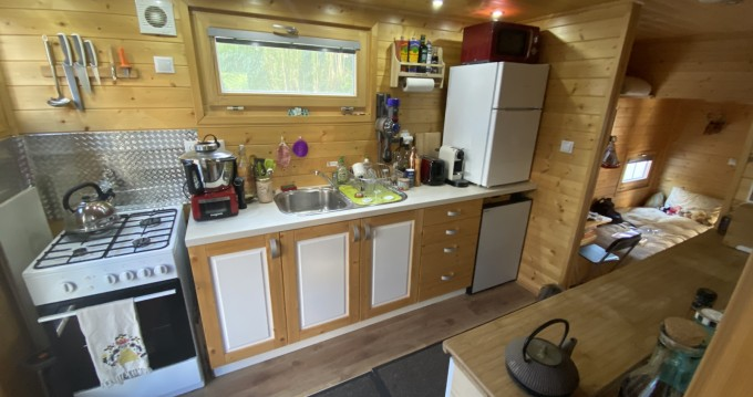 Rent a Hausboty Houseboat Cergy