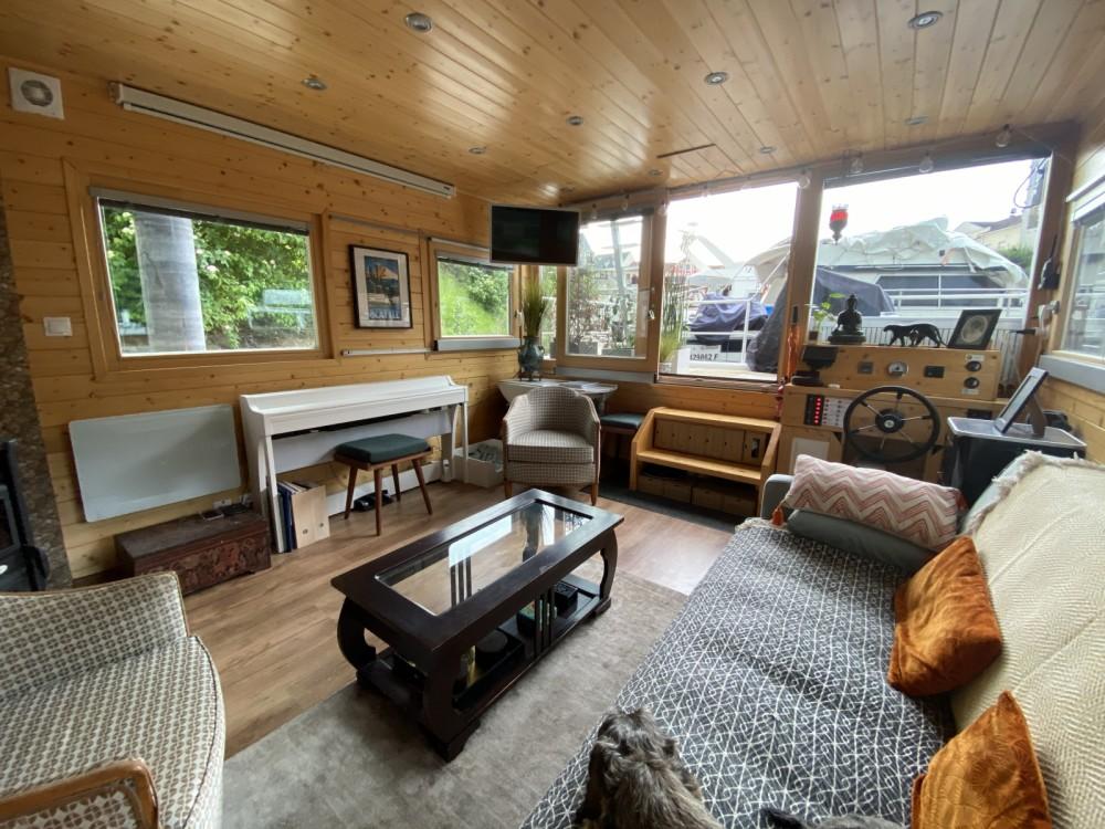 Rental Motorboat in Cergy - Hausboty Houseboat