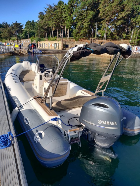Rent a Capelli Tempest 626 Limited Sarzeau
