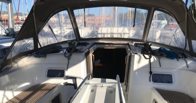 Hire Sailboat with or without skipper Jeanneau Tenerife (Island)