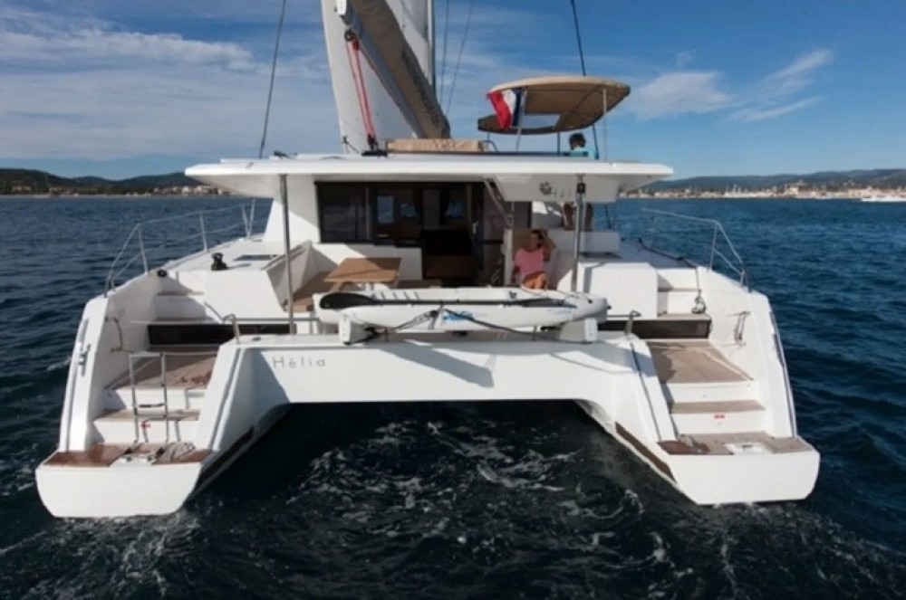Boat rental Fountaine Pajot Helia 44 in US Virgin Islands on Samboat