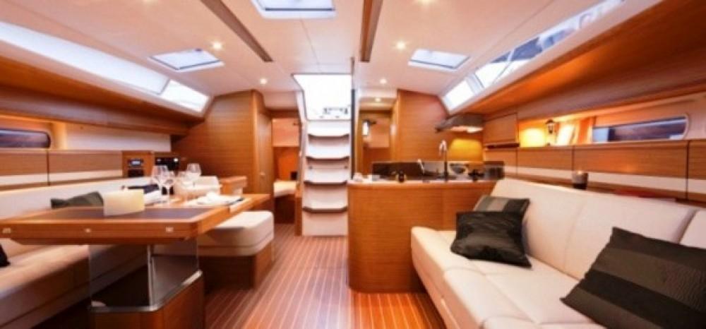 Rent a Jeanneau Sun Odyssey 44 Ds US Virgin Islands