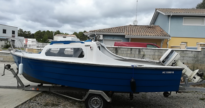 Rental Motorboat Mayland with a permit