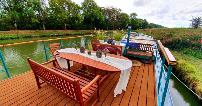 Boat rental Languimberg cheap Bluewater 480