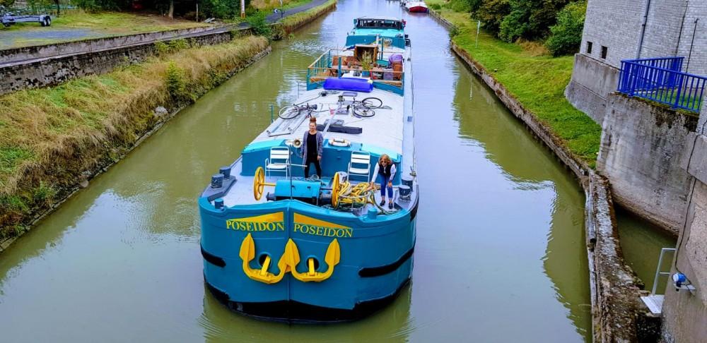 Rental yacht Languimberg - Poseidon Bluewater 480 on SamBoat