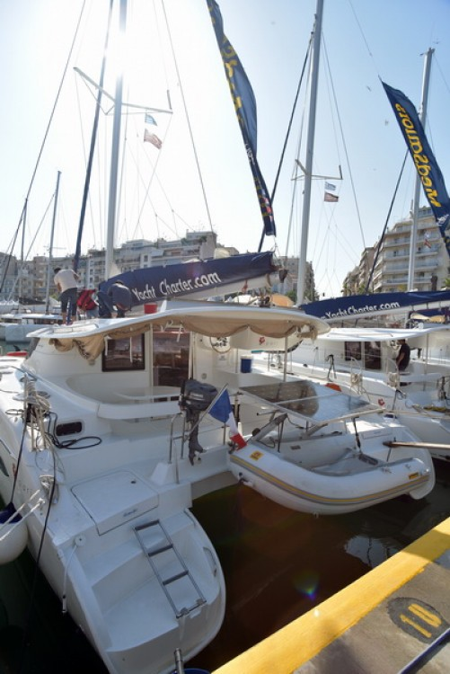 Hire Catamaran with or without skipper Fountaine Pajot Laurium