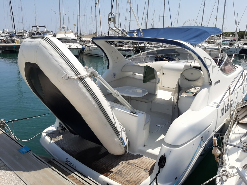 Sessa Marine Oyster 35 between personal and professional Antibes
