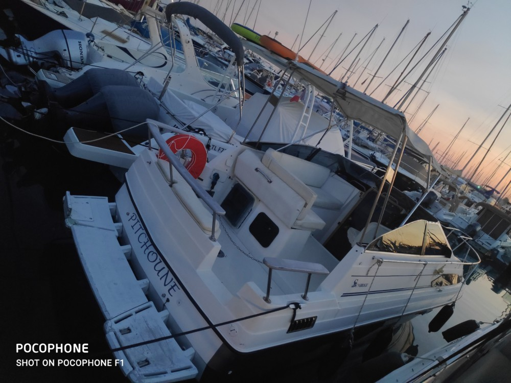 Bayliner Sunbridge 2455 between personal and professional Cannes