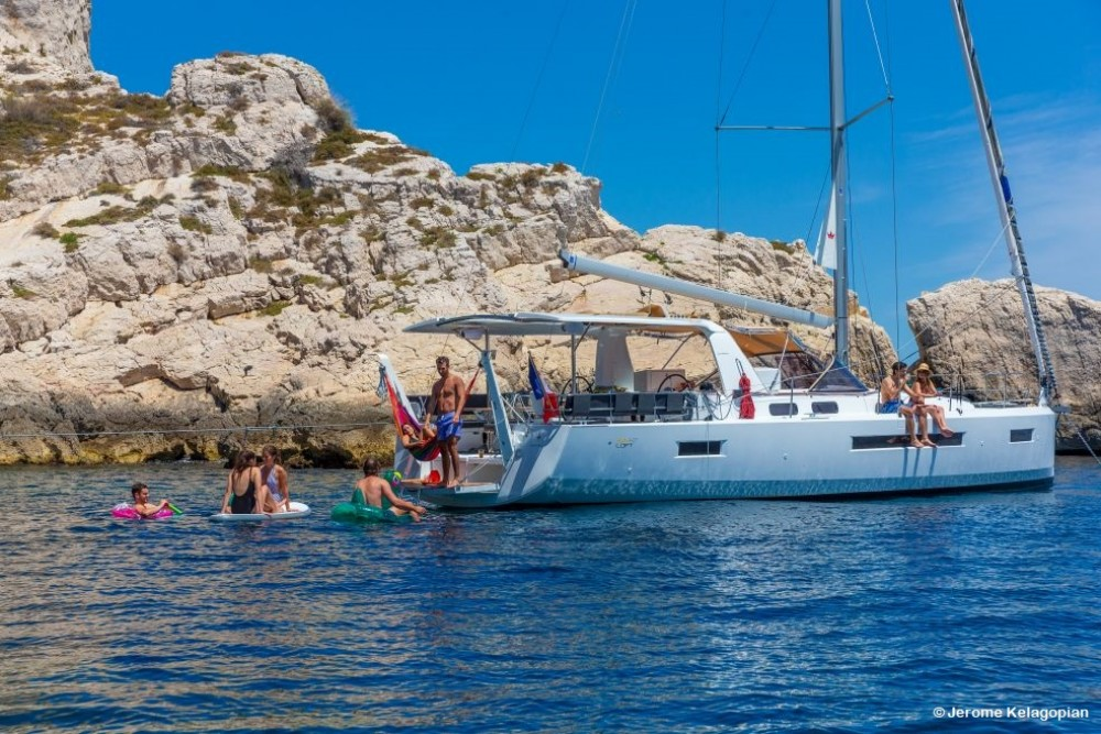 Rental Sailboat in Saint-Mandrier-sur-Mer - Jeanneau Sun Loft 47
