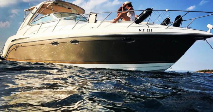Boat rental Athens cheap 34 Performance Cruiser