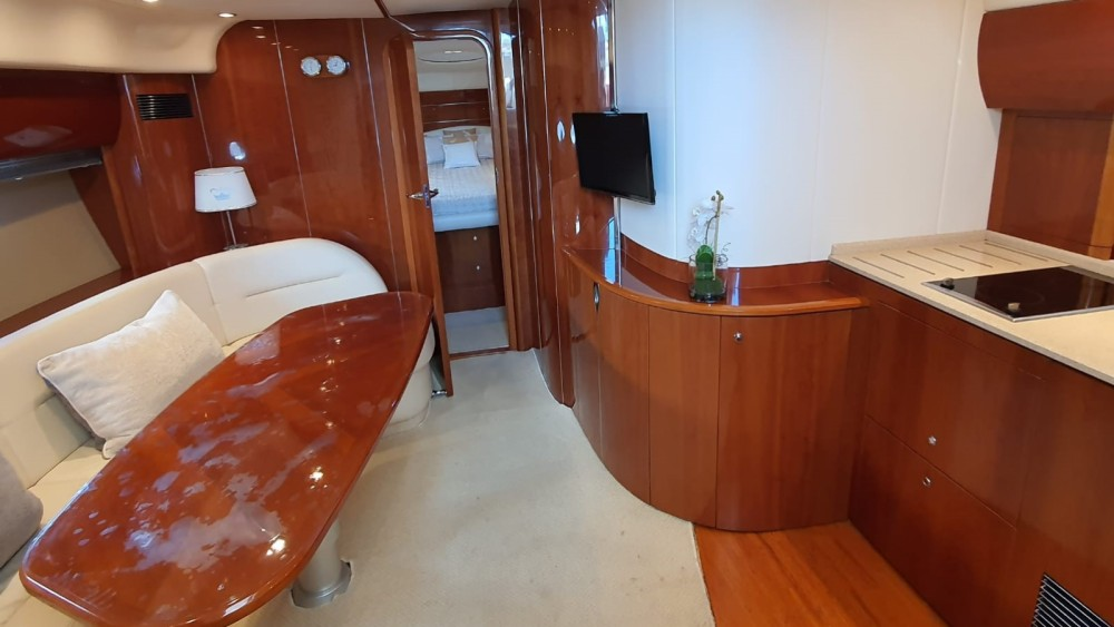 Rental Motorboat in Mandelieu-la-Napoule - Princess Princess V46/48