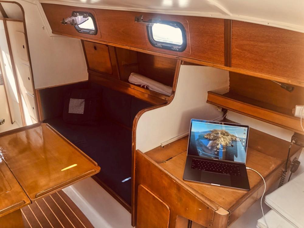 Rental Sailboat in Badalona - Puma 34