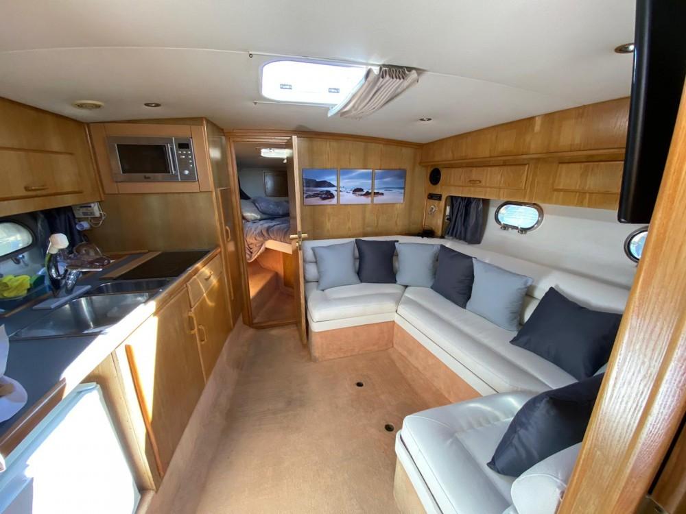 Rental yacht Punta Umbría - Fairline Targa 33 on SamBoat
