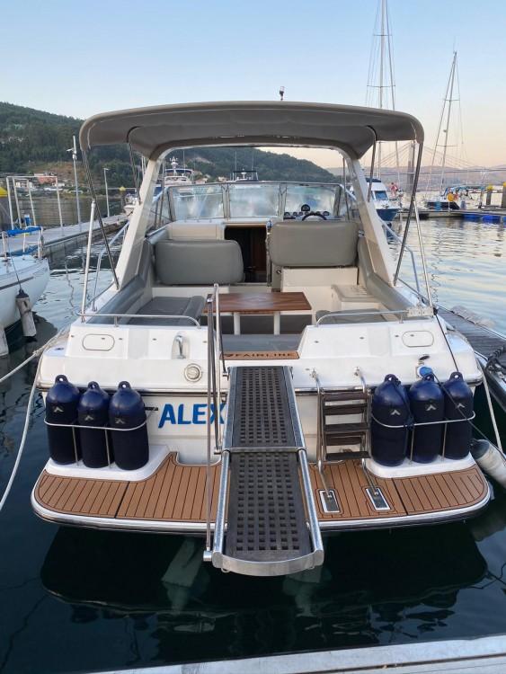 Boat rental Fairline Targa 33 in Punta Umbría on Samboat