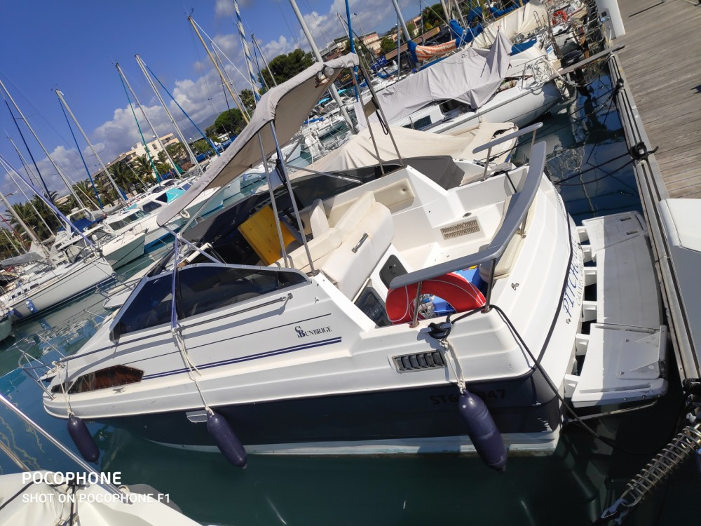 Bayliner SUN BRIDGE 2455 between personal and professional Nice