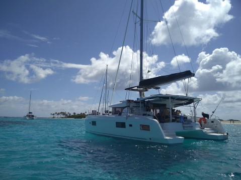 Rental yacht Martinique - Cnb Lagoon 42 on SamBoat