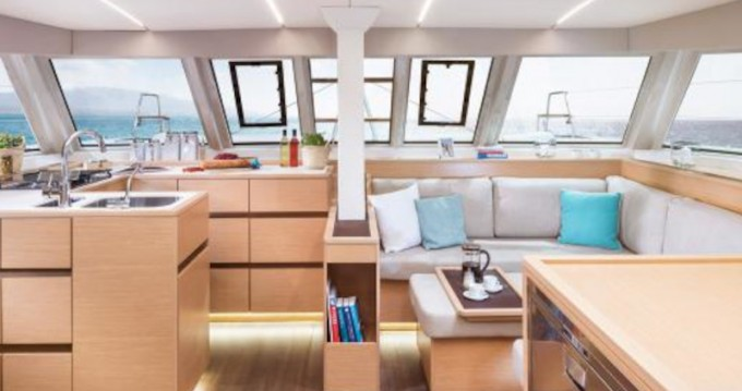 Rental Catamaran in Alimos - Nautitech Nautitech 46 Fly