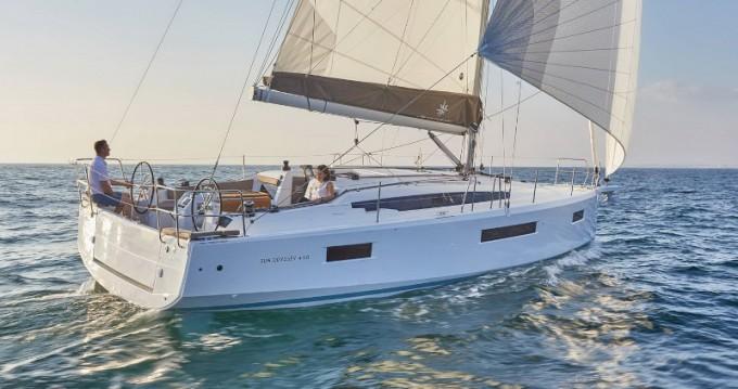 Rental yacht Bormes-les-Mimosas - Jeanneau Sun Odyssey 410 on SamBoat