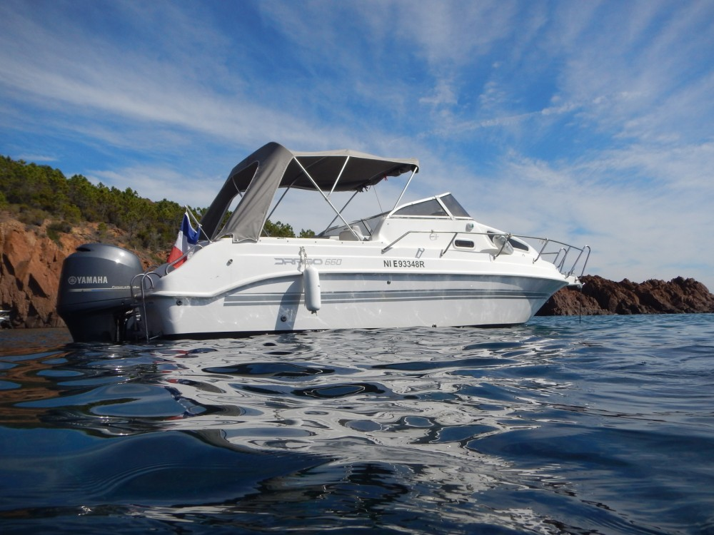 Rental Motorboat in Mandelieu-la-Napoule - Drago Drago Cabin Family 660