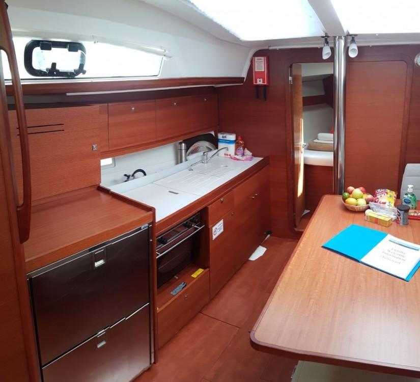 Rental Sailboat in Naples - Dufour Dufour 382 Grand Large