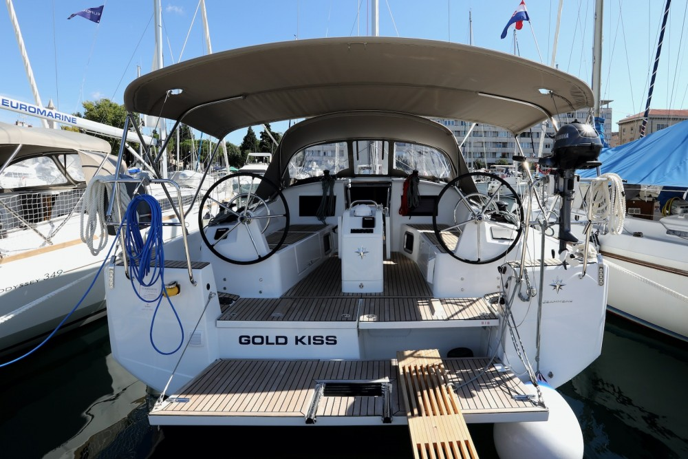 Jeanneau Sun Odyssey 410 between personal and professional Grad Pula
