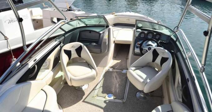 Rental yacht Sant Antoni de Portmany - Monterey 714 FS on SamBoat