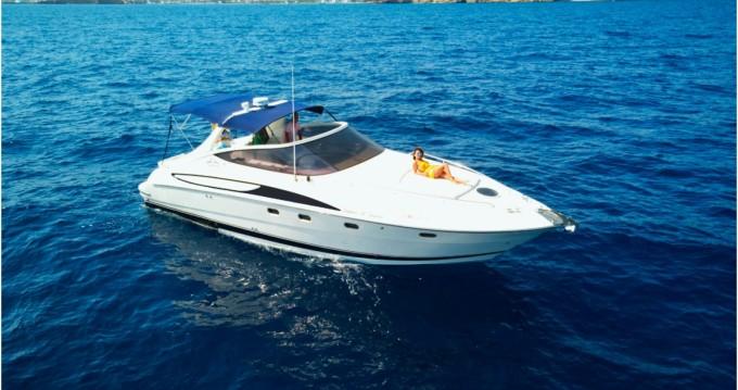 Boat rental Cantieri-Di-Sarnico Maxim 40 in Ibiza Town on Samboat