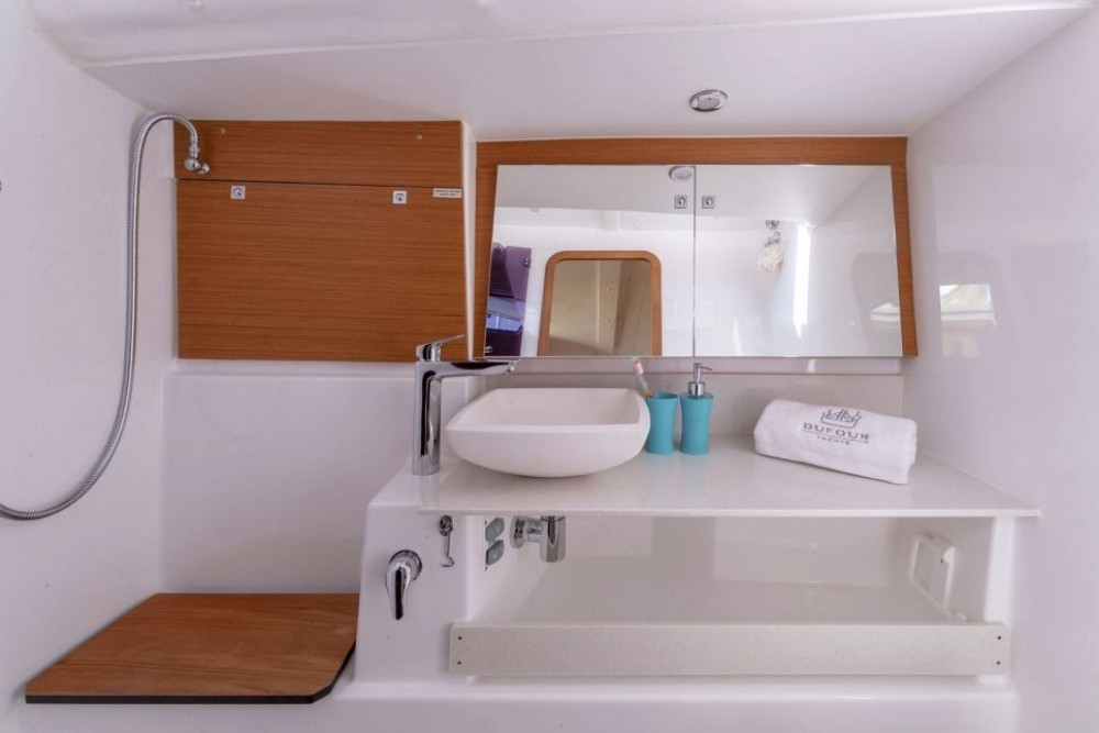 Dufour-Yacht Dufour 430 between personal and professional Olbia