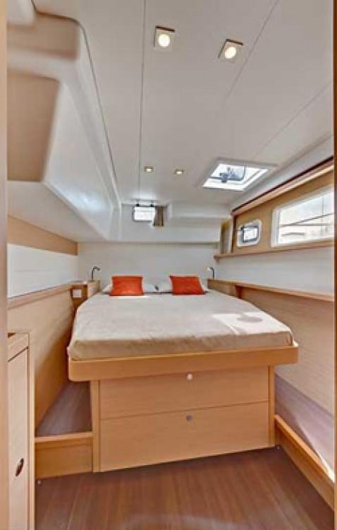 Boat rental Key West cheap Lagoon 450