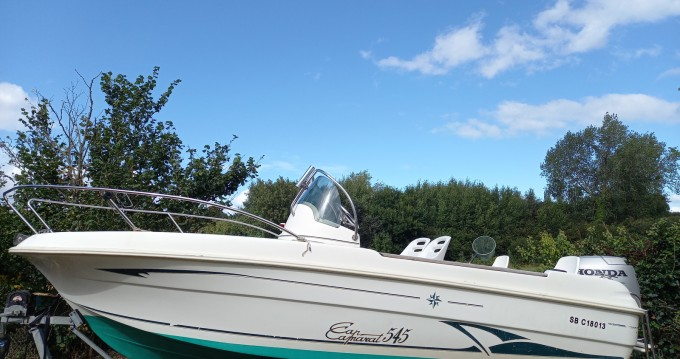 Motorboat for rent Plourhan at the best price