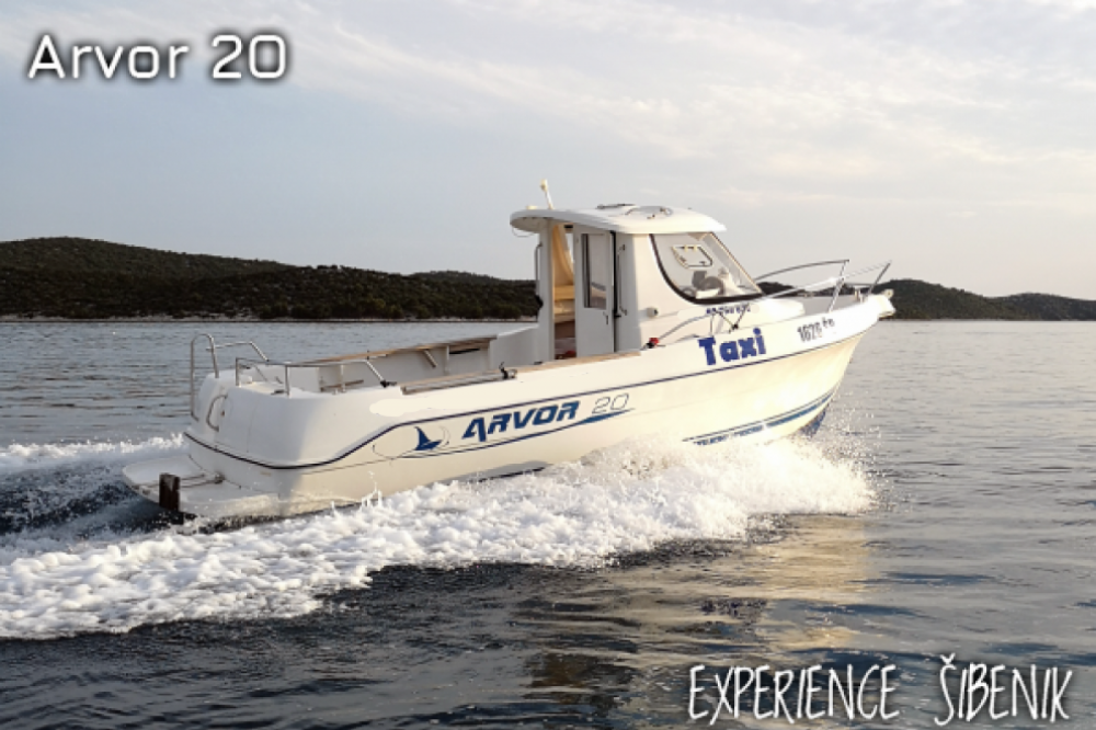 Rental Motorboat in Žaborić - Arvor 20