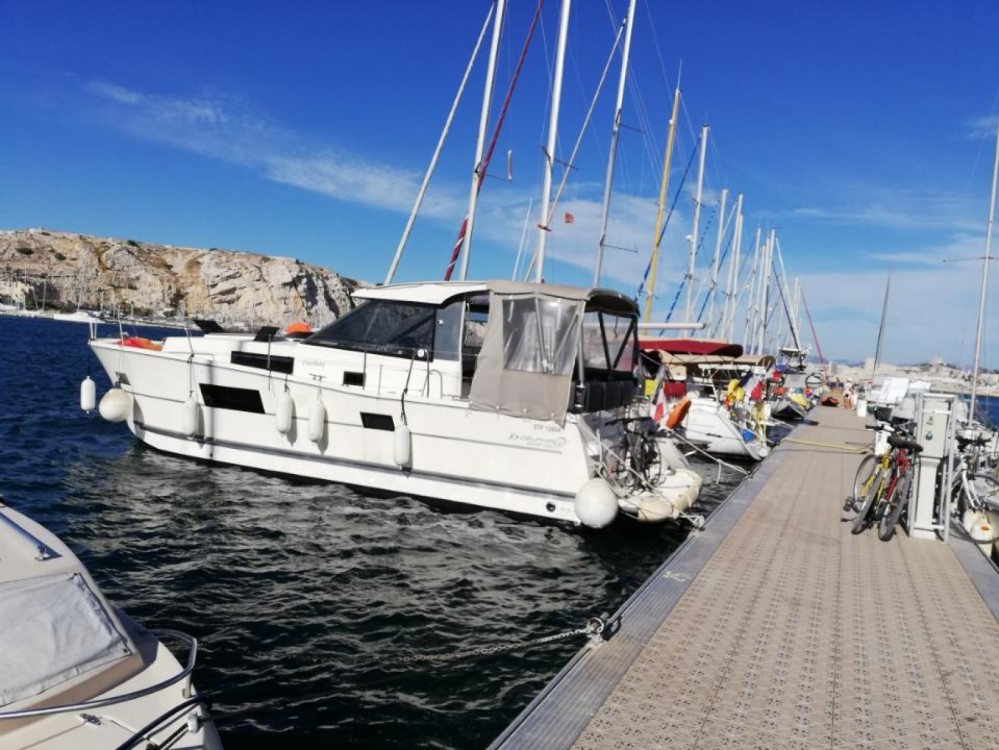 Boat rental Aigues-Mortes cheap Delphia 1080 Soley