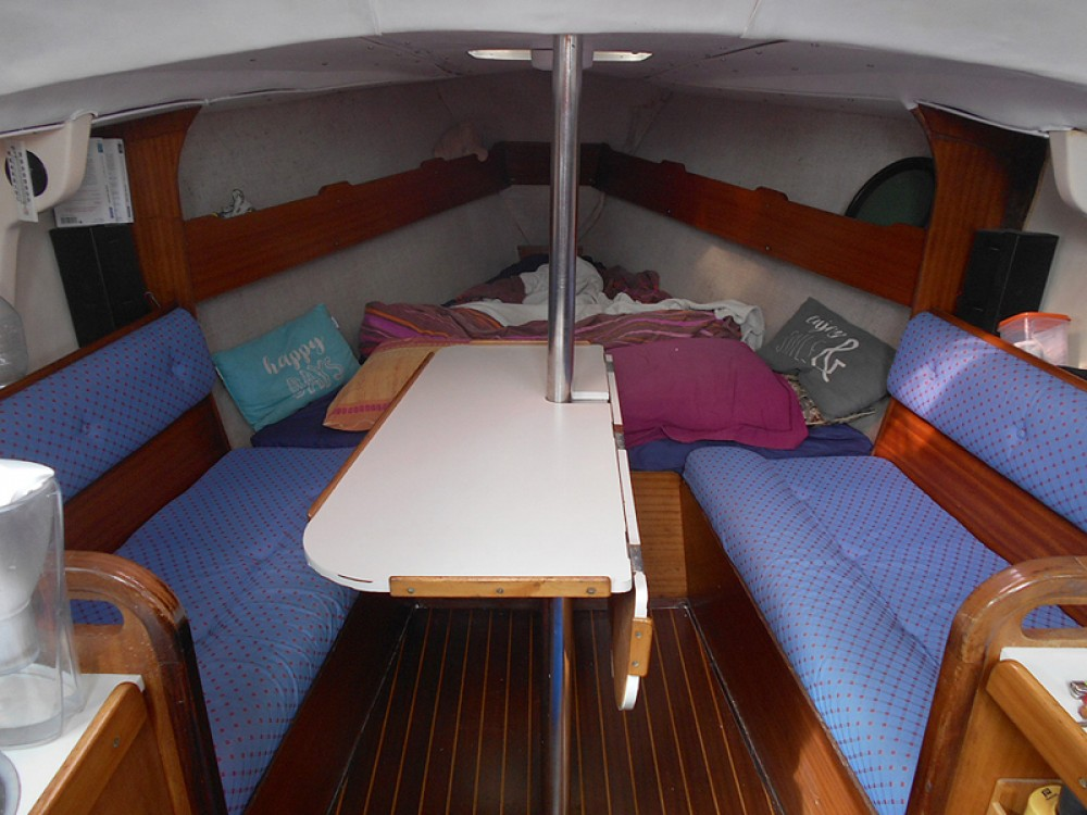 Rental yacht Saint-Denis-d'Oléron - Jeanneau Fantasia 27 on SamBoat