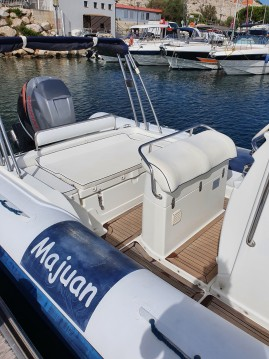 Hire RIB with or without skipper Nautica Cab Marseille